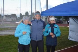 Henrikke Antonsen, Elin Skavnes Våge og May Elise Aandal i klasse Jenter 15