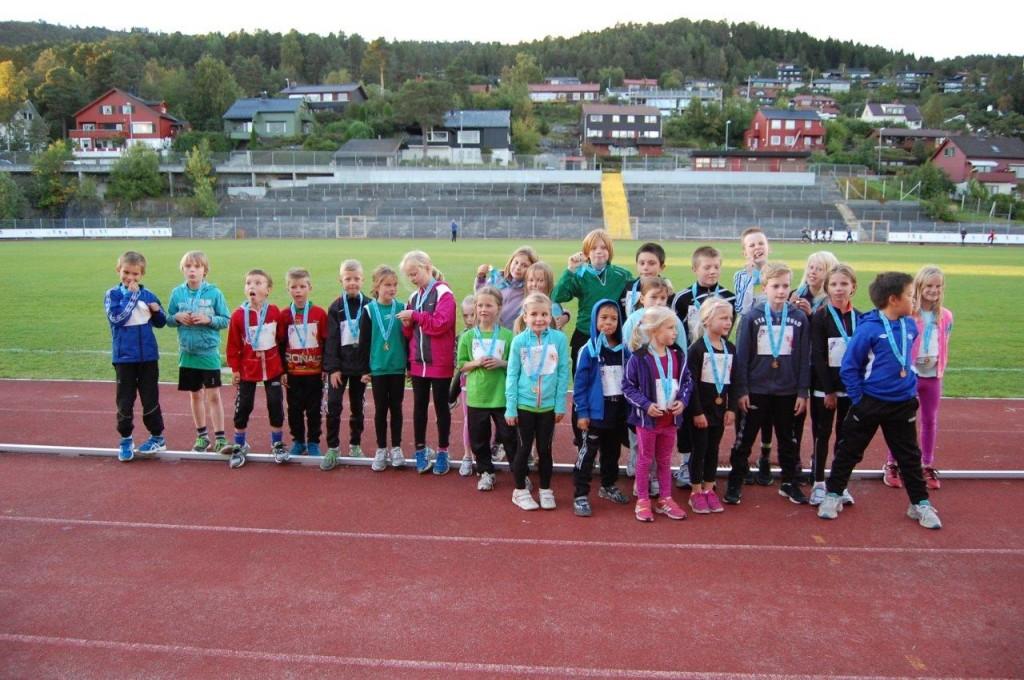 De unge spreke på tirsdagens myldrestevne Foto: Arvid Ottestad