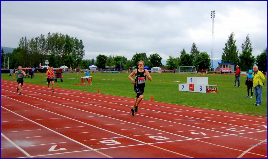 Damian Steinke gull 400m